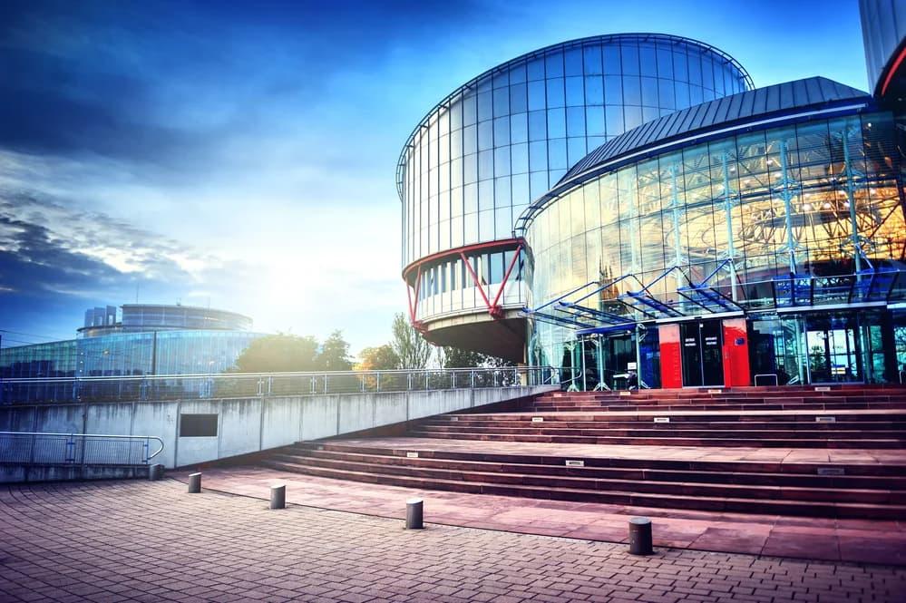 Опубликован комментарий адвокатского бюро Александра Овчинникова Правила 47-1 Регламента ЕСПЧ