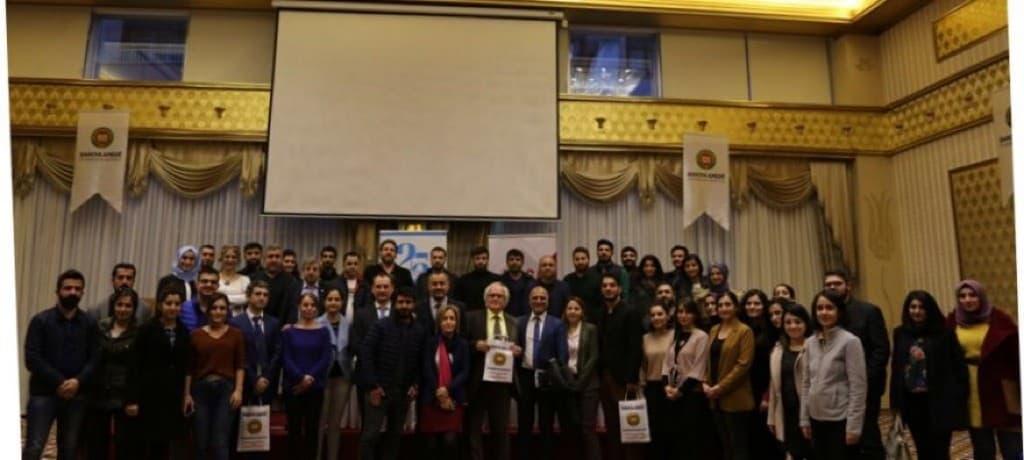 Ovchinnikov participer à une conférence sur la Convention européenne des droits de l'homme, à Diyarbakir
